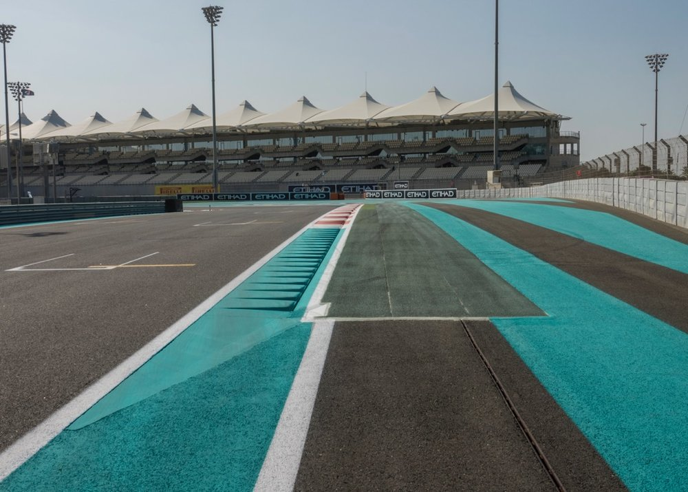 The distinctive turquoise colour of the track lines at the Abu Dhabi Grand Prix.