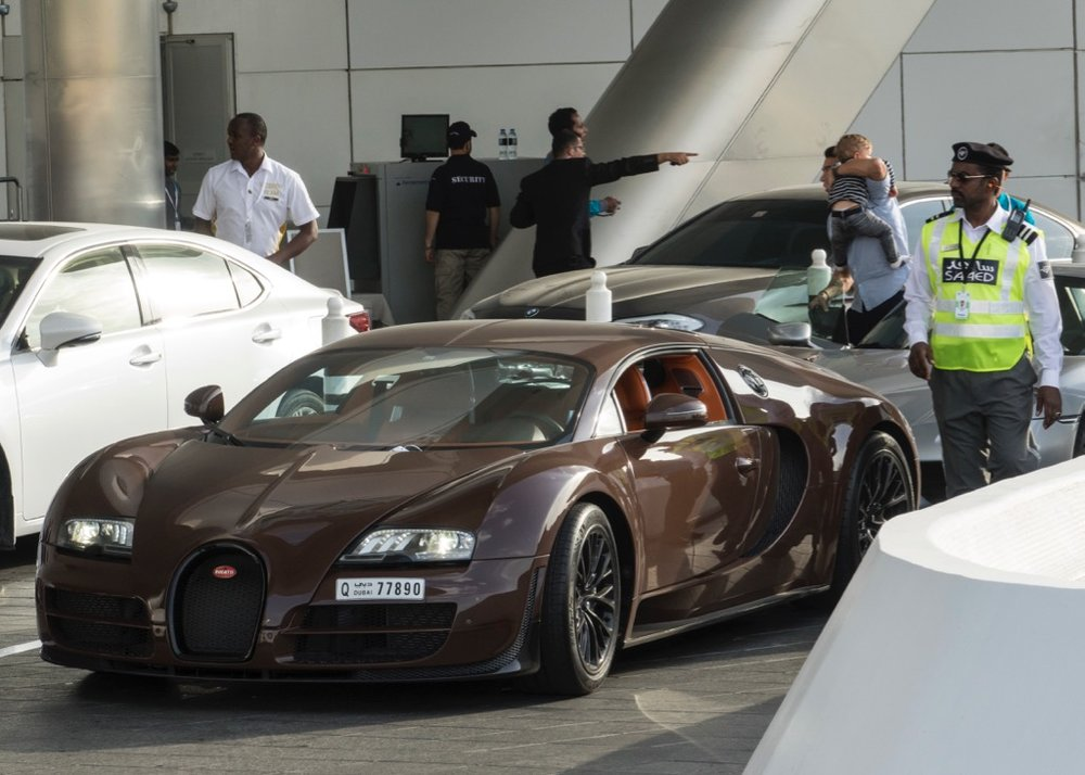 A Bugatti Veyron - you just don't see that every day!
