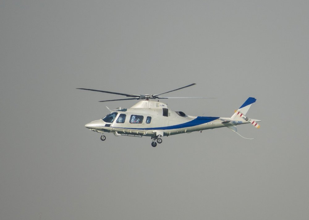 How the rich and famous get to the race. There were helicopters flying in all afternoon.