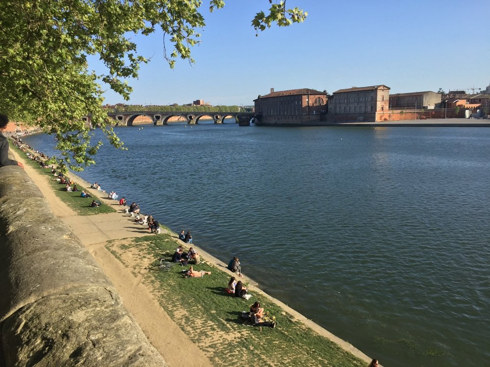 Back to Toulouse for a week of work at the office. We had spectacular weather, that made the evening walks so nice.