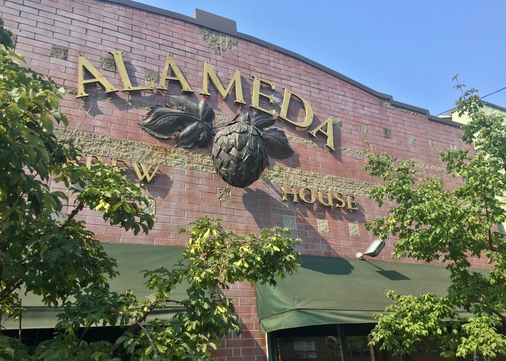 Our first stop in Portland, and first beer of the trip - Alameda Brew House in Northeast Portland.