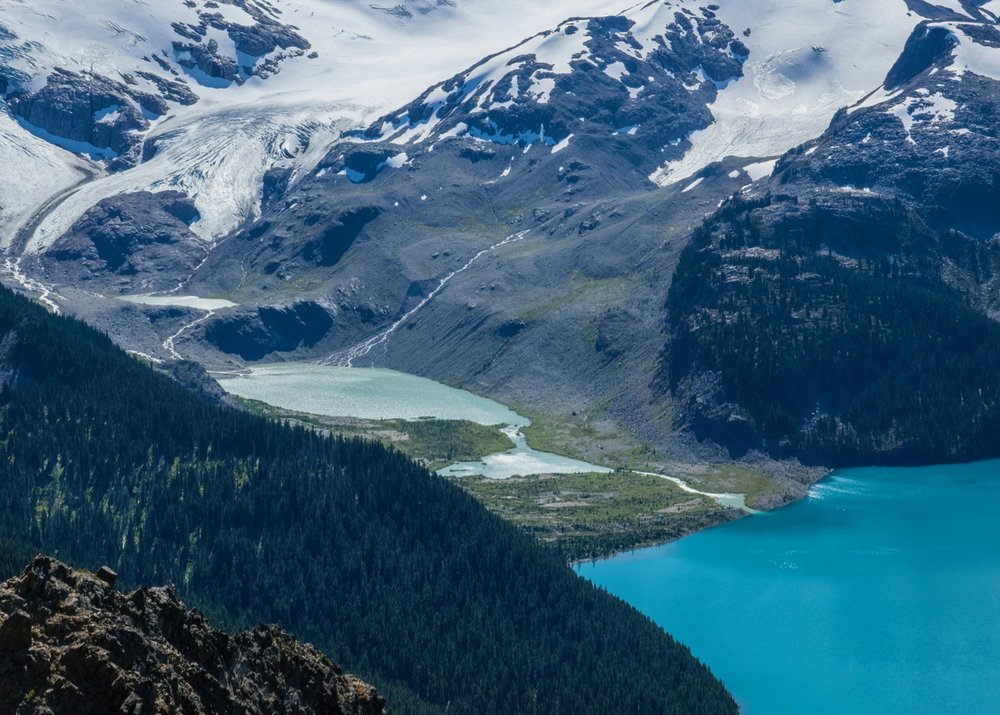 A zoomed in view of the glacier melt into Garibaldi Lake.