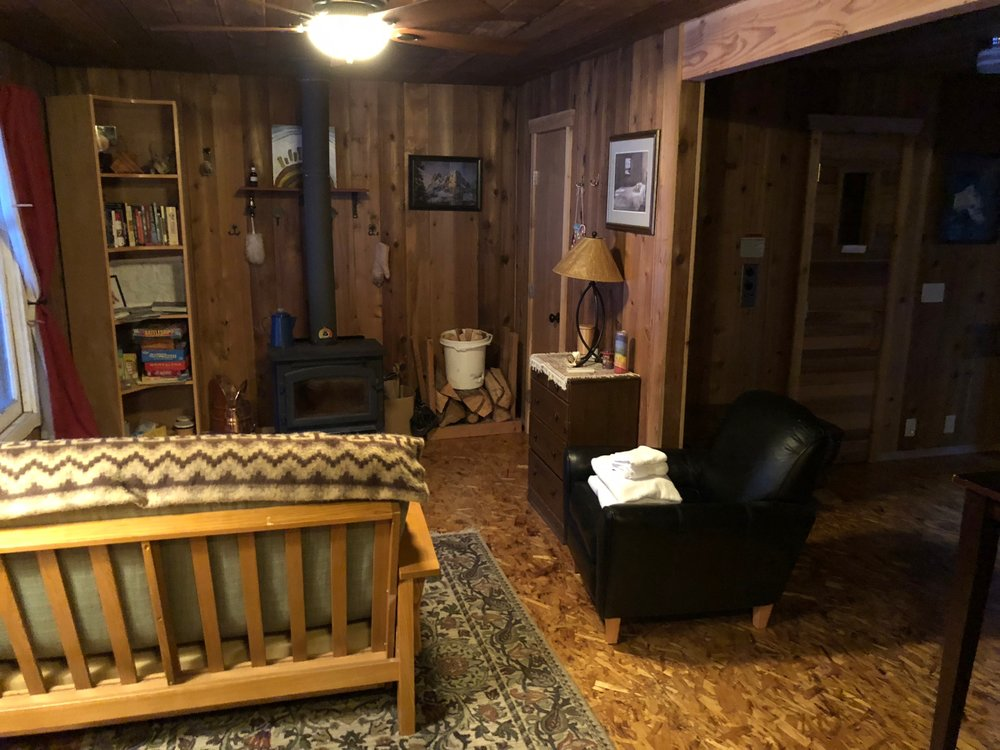 The main room in the cabin.