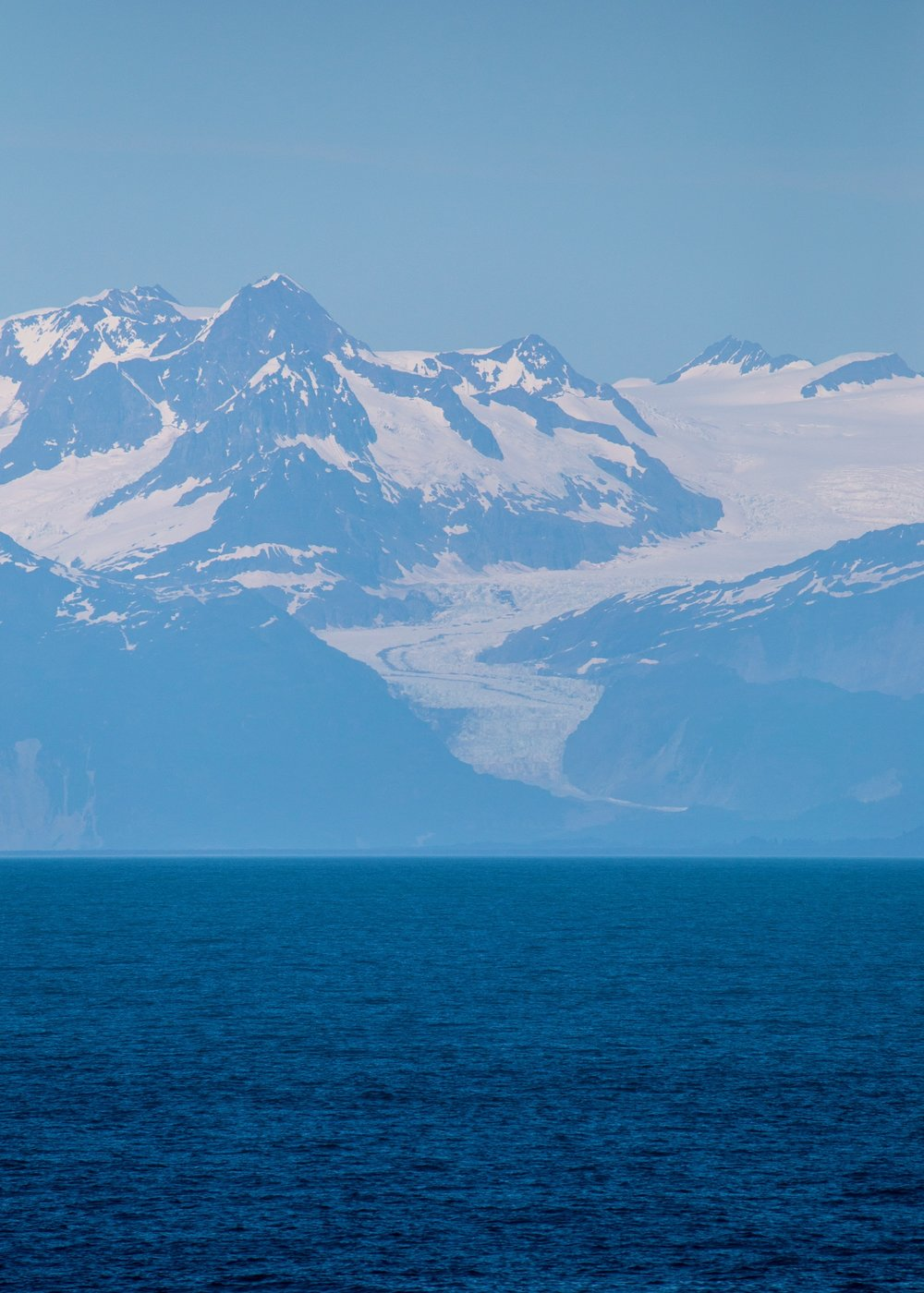 One of the views of mountains and glaciers as we headed south.