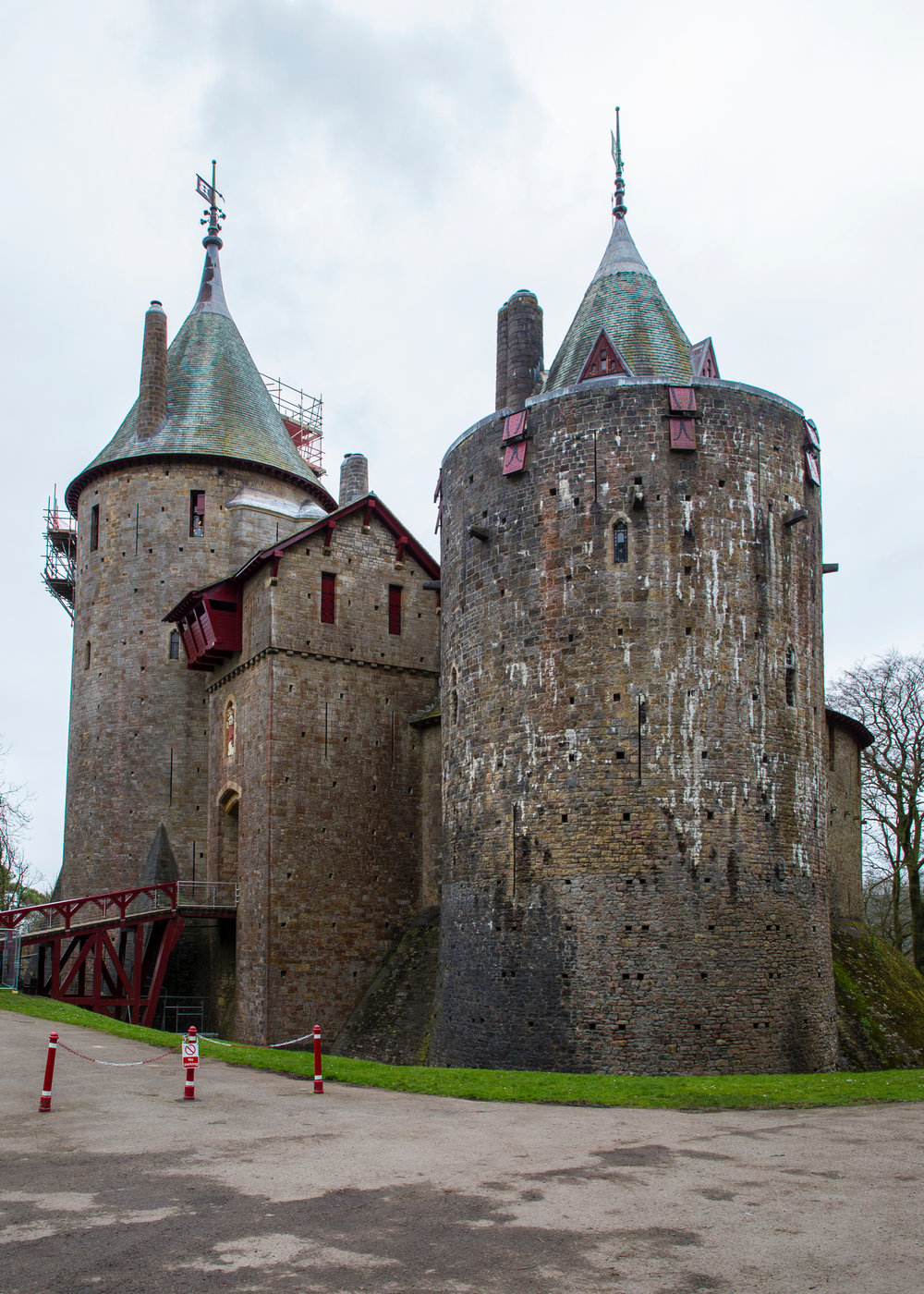 The outside view of Castell Coch