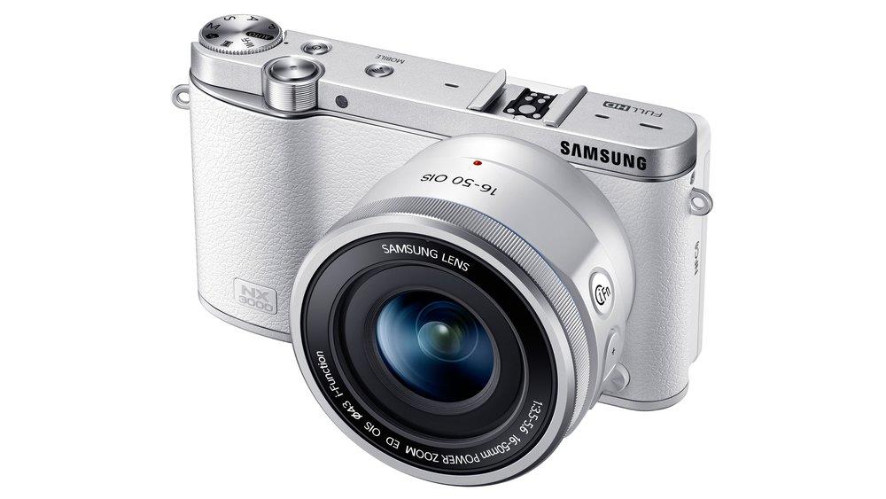 Samsung NX3000 Mirrorless camera - Lightweight daily camera