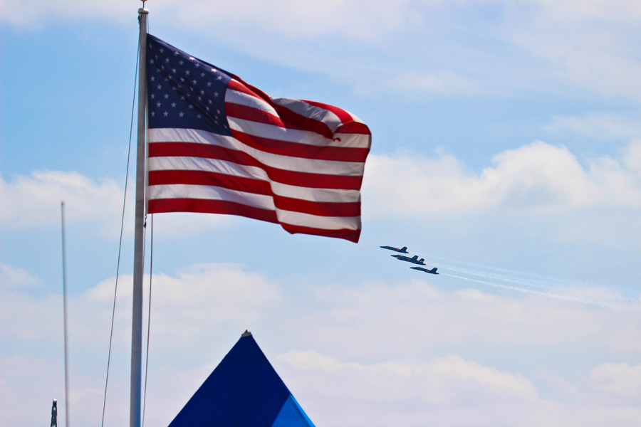 baltimore air show blue angels w- american flag 2 resized.jpg