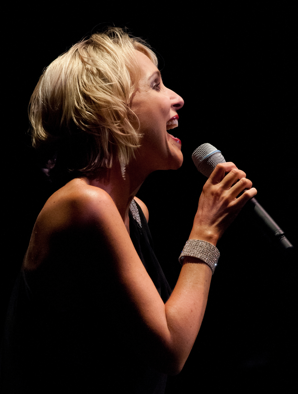 Vocalist 1