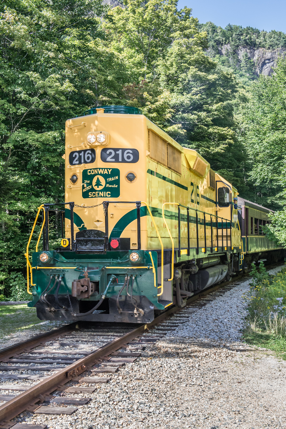 Crawford Notch Train 1