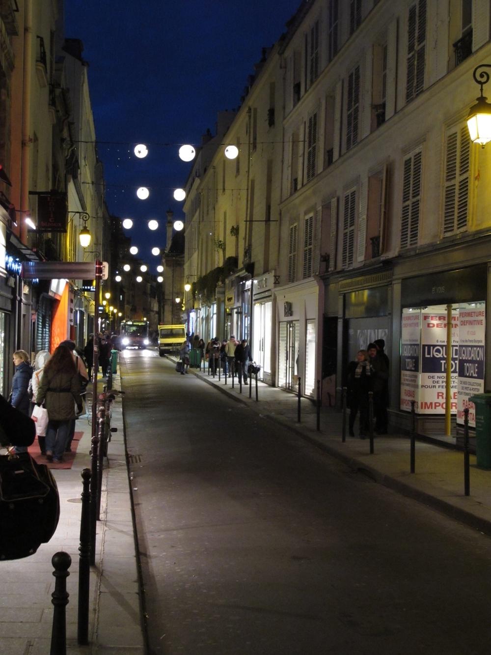 Paris night walk