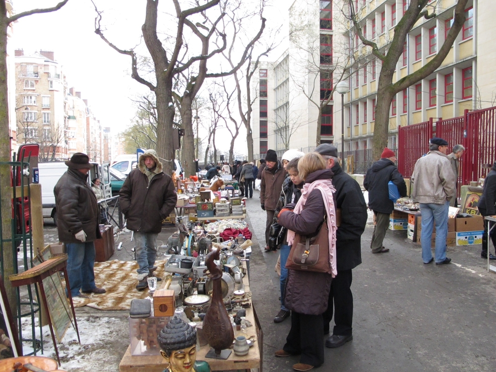 Paris, Antique market morning