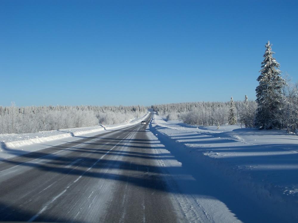 2011-02-26 12-50-09 snow road.jpg