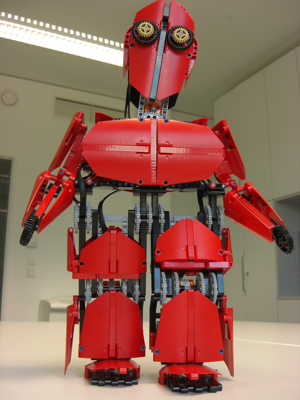 Red Robot v1 using NXT
