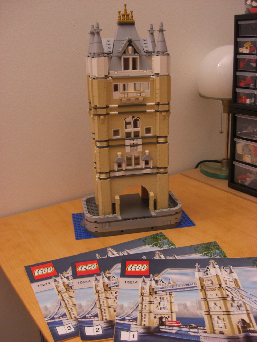One tower from Tower bridge set (10214)
