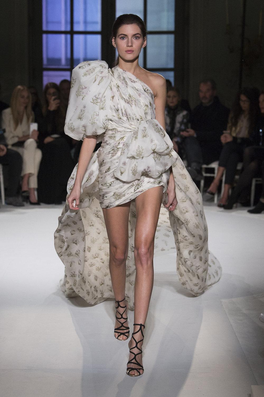 Giambattista Valli, Spring 2017 via The Business Of Fashion