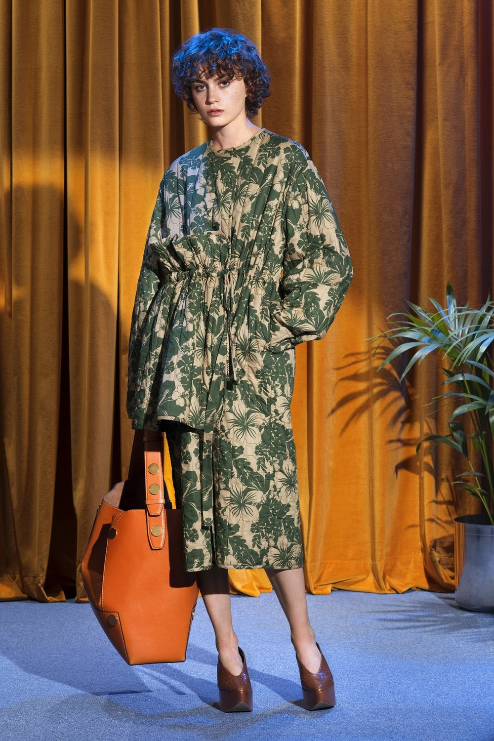 Trends : It's a print jungle out there, Stella McCartney Resort 2018 via The Business Of Fashion