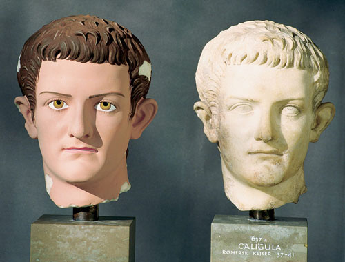 Head of Caligula. Left: Head of Caligula, color reconstruction. Right: Original (Ny Carlsberg Glyptotek, Copenhagen)