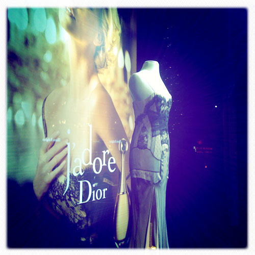 iPhone photography: Dior display at NK
