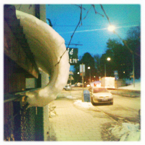 iPhone photography: Melting snow