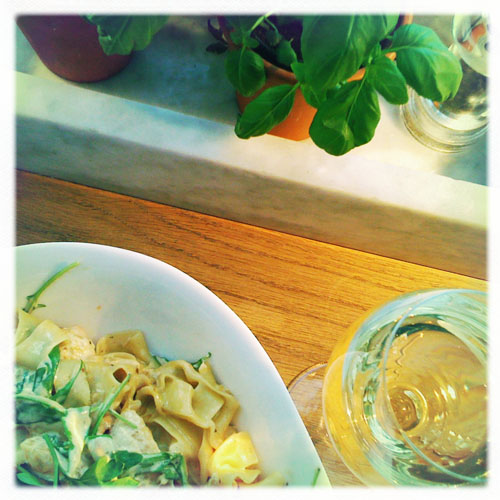 iPhone photography: Lunch at Vapiano