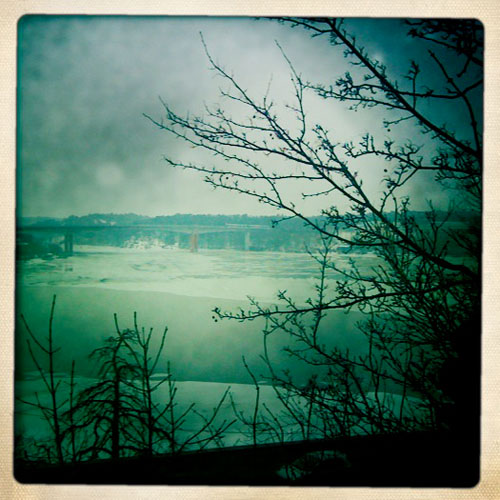 iPhone photography: Ice on the lake in March