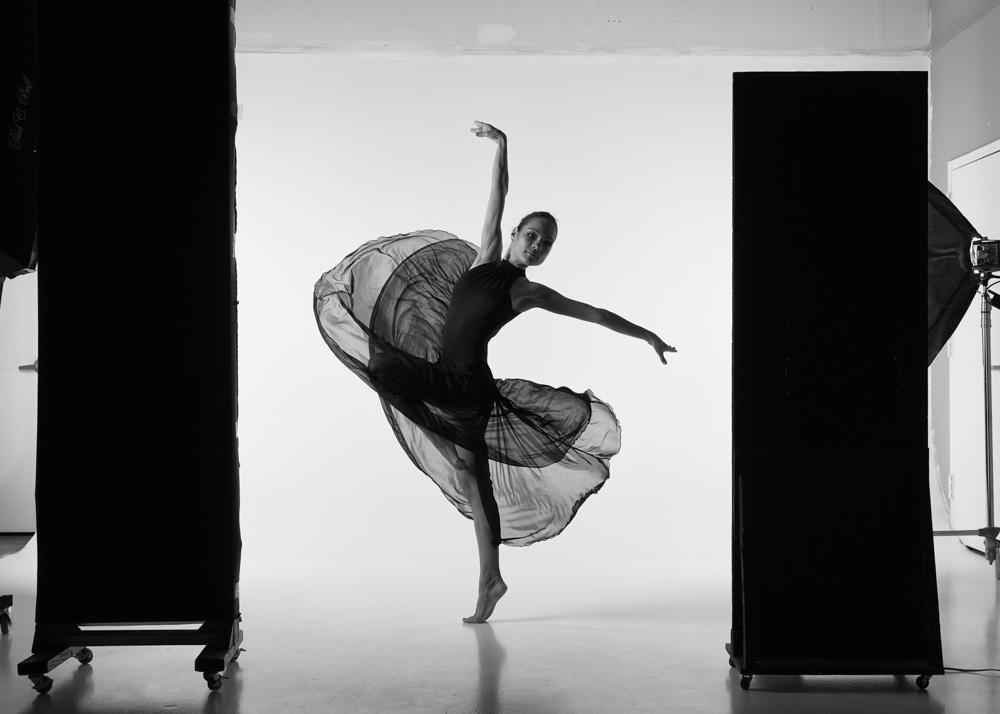 Dance Series #81