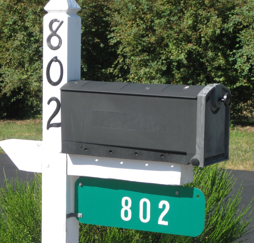 Green_Address_Sign_Photo.jpg