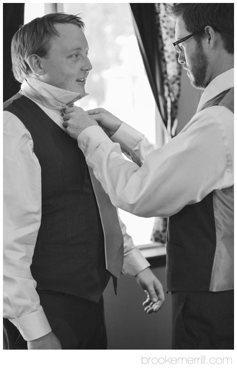 groom getting ready 11.jpg