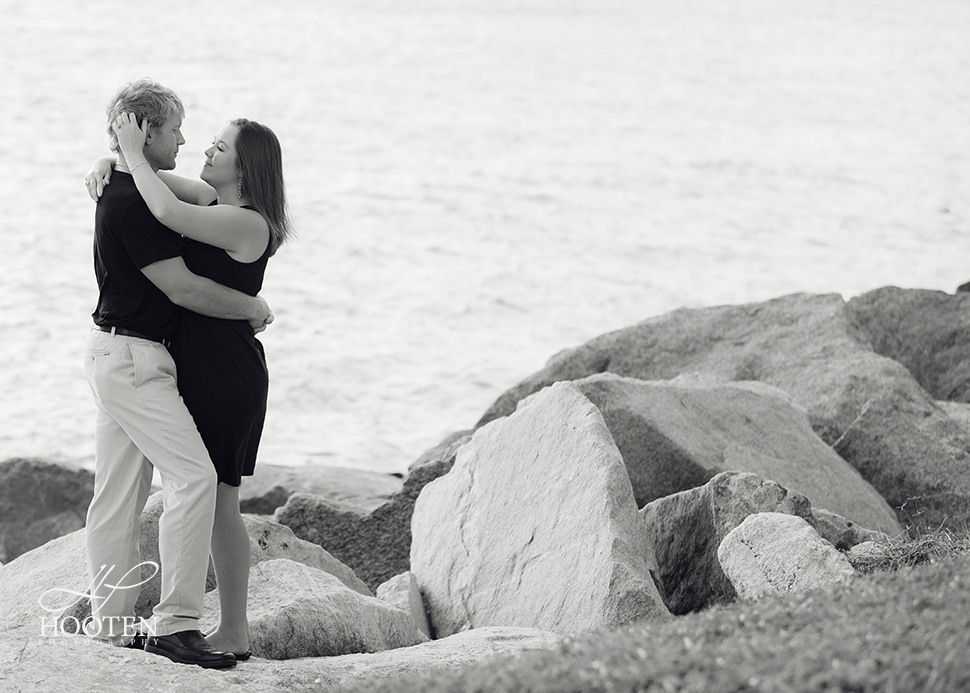 South-Pointe-Park-Engagement-Photography-Hooten-0348.jpg
