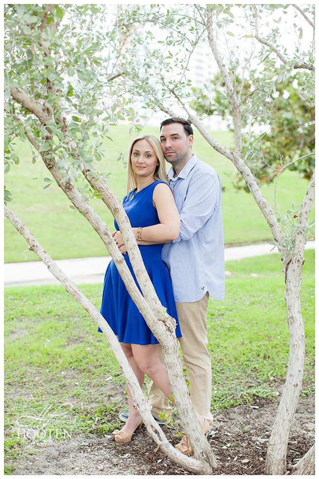 South-Pointe-Park-Engagement-Photography-Hooten-5471.jpg