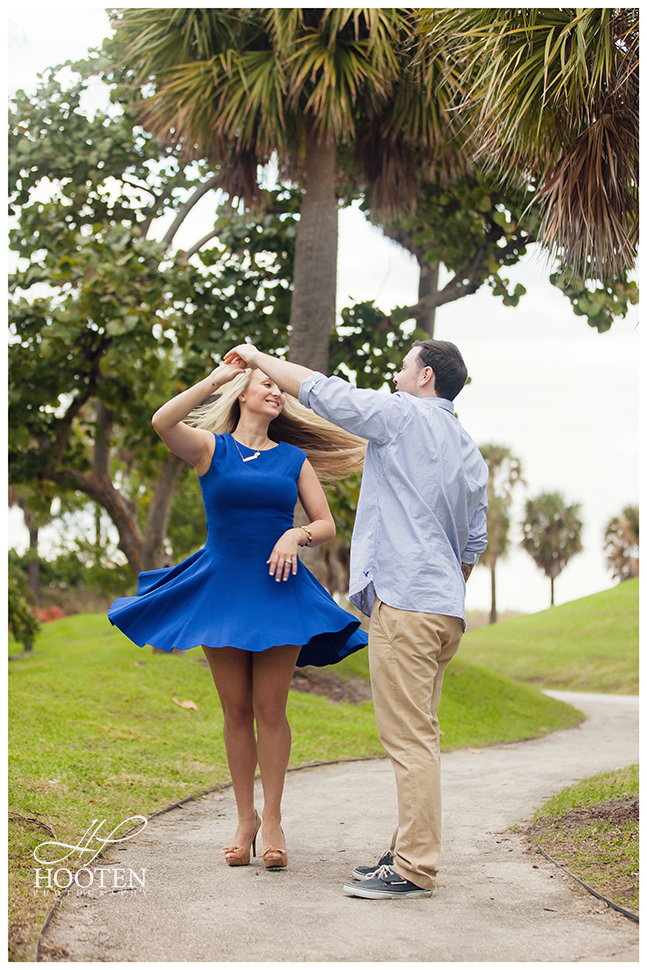 South-Pointe-Park-Engagement-Photography-Hooten-5511.jpg