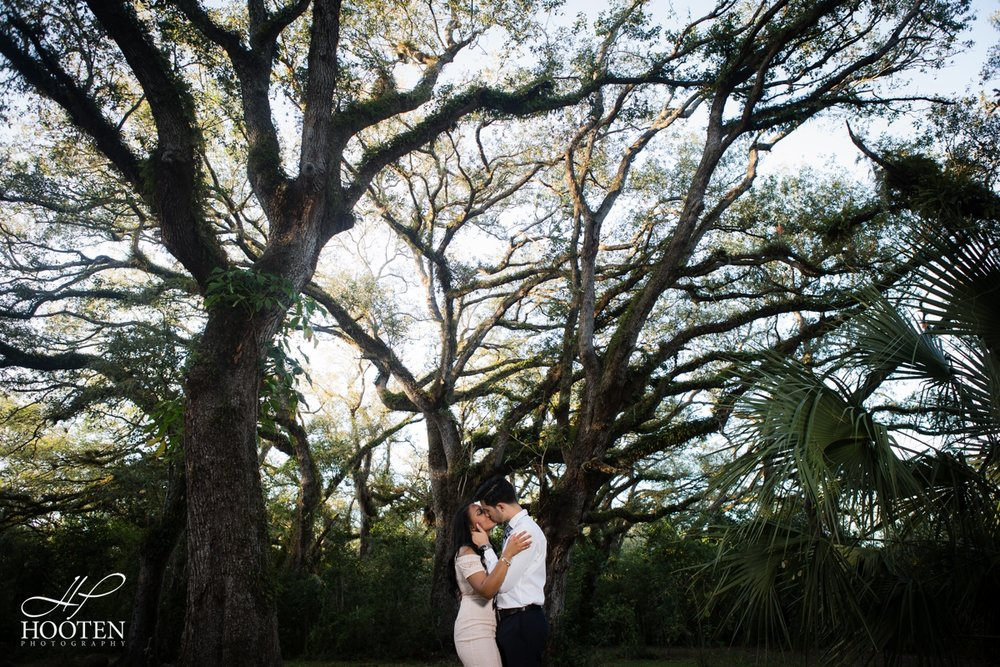 031.Miami-Wedding-Tree-Tops-Park-Engagement-Session-Hooten-Photography.jpg