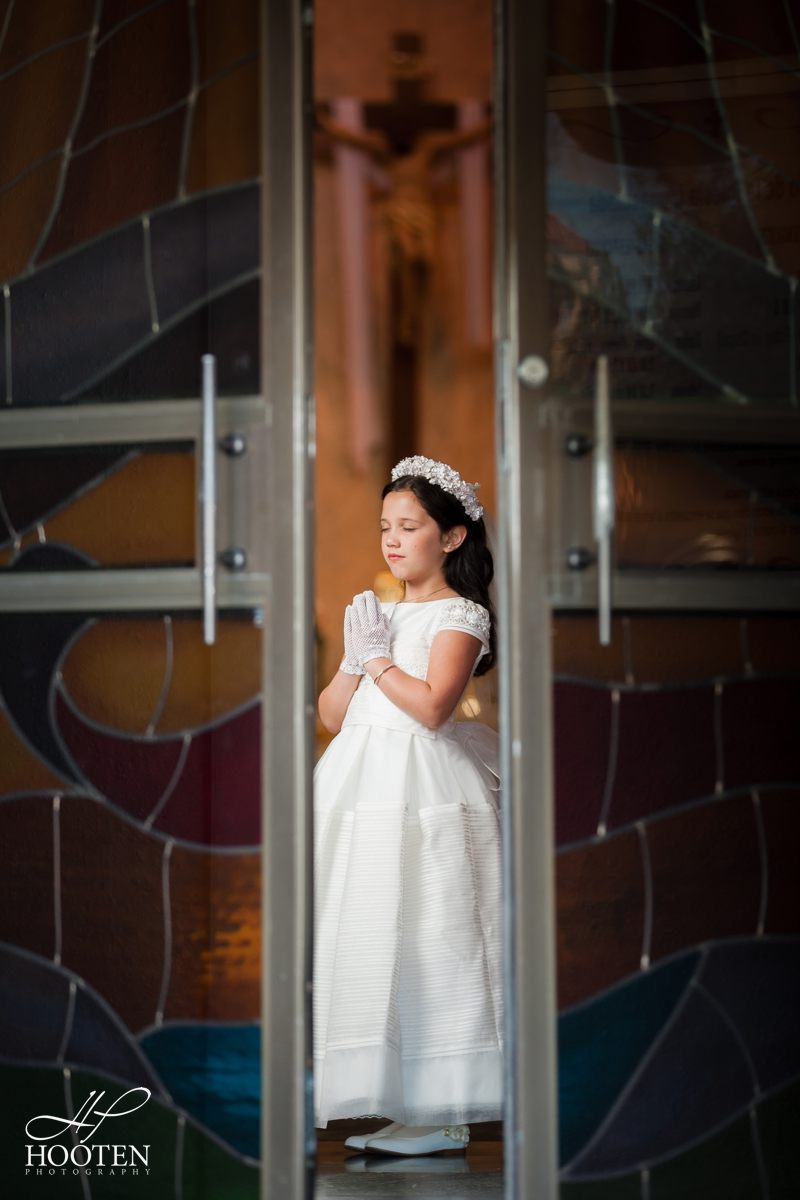 Immaculate-Conception-Catholic-Church-Communion-Portrait-Session-Hooten-Photography-11.jpg