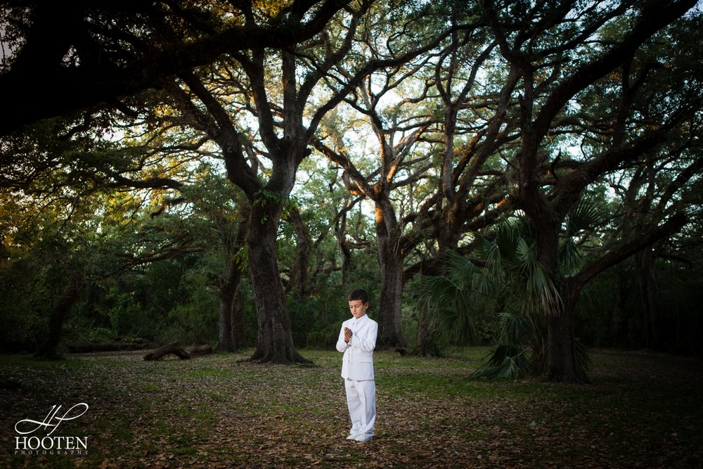 Miami-Photographer-Communion-Session-at-Tree-Tops-Park-Hooten-Photography-1.jpg