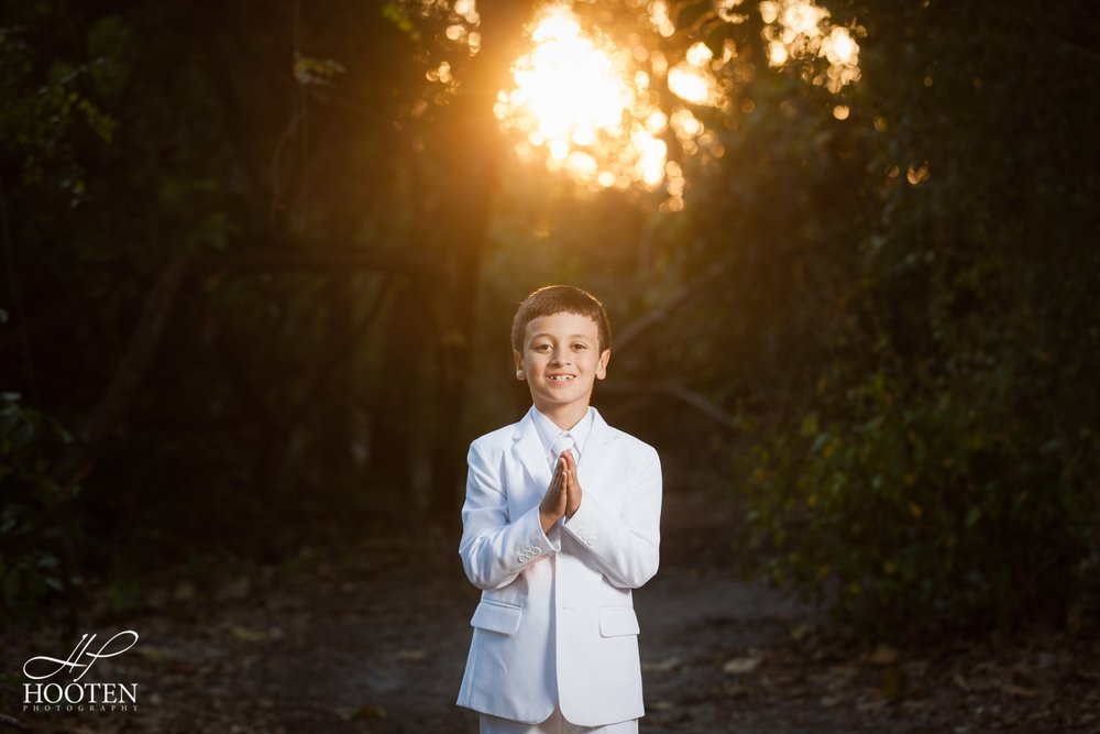 Miami-Photographer-Communion-Session-at-Tree-Tops-Park-Hooten-Photography-6.jpg