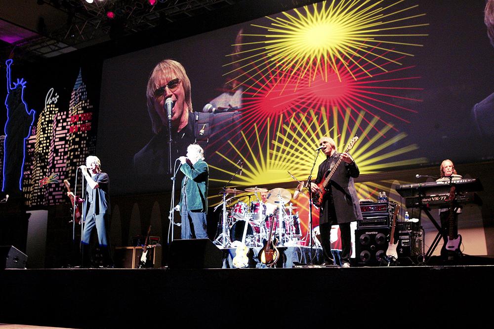 B52 corporate concert.JPG
