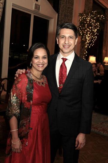 Honoree Joohi Jimenez-Shahed, M.D. and Ernesto Jimenez