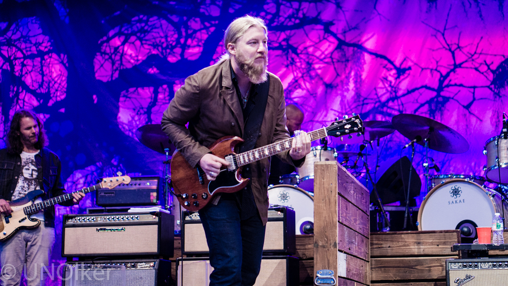 Stephen Olker - Tedeschi Trucks Band-13.jpg