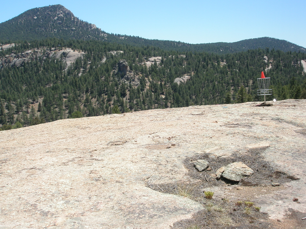 Bucksnort DGC near Pine, Colorado; yes, that's a cliff.