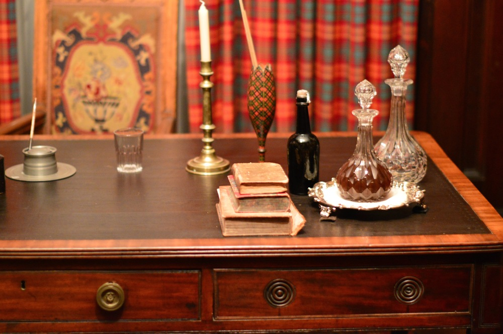 My favourite room in the whole house was Sir Allan MacNab's study, complete with the family tartan and beautiful built-ins for his books.