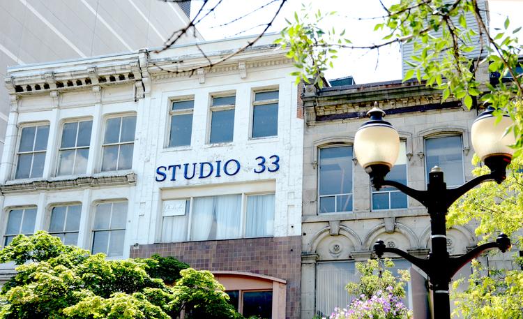 18-28 King Street East (Image Credit: Stephanie Trendocher)