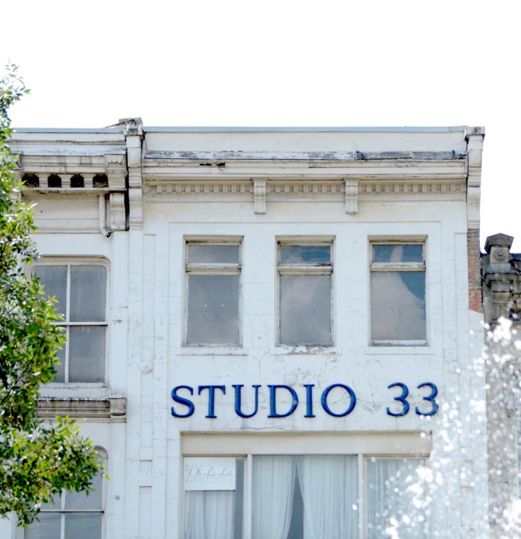 Closeup of 24 King Street East (Image Credit: Stephanie Trendocher)
