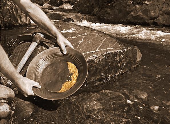 GoldPanning.jpg