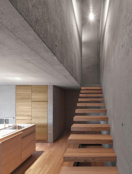 dezeen_Haus-Ruscher-by-OLKRUF_6.jpg
