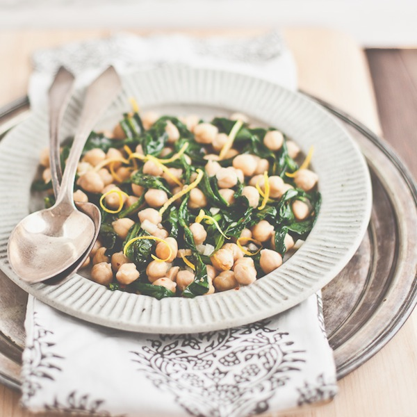 Photo by Erin Scott of YummySupper // Wild dandelion and chick pea salad