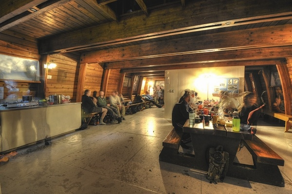 Dinner in the Elfin Lakes Hut viamattandcaroline.blogspot.ca