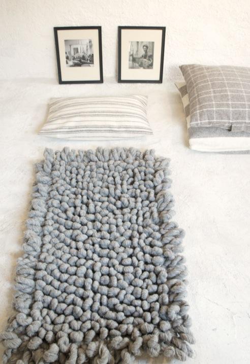 Charming Hand Woven Chunky Wool Rug