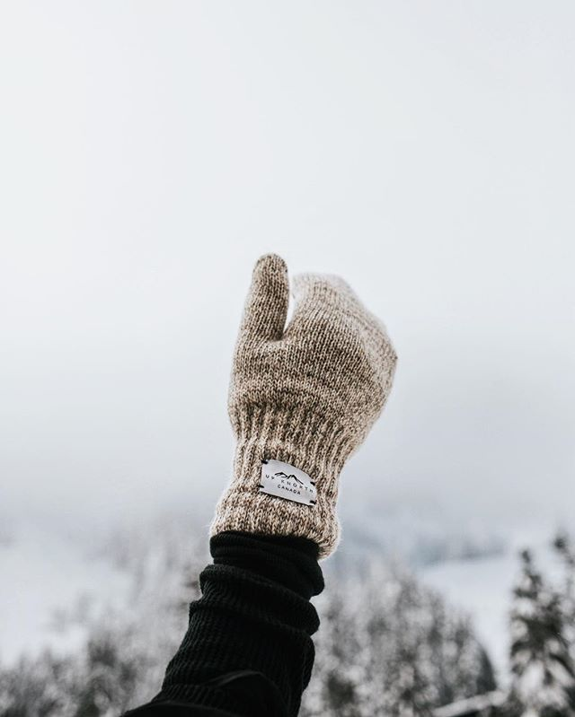 Paradise doesn't have to be tropical.  #getoutdoors #upknorth Fleece-lined Oatmeal Wool Mittens are 30% off. Men's and women's sizing available. Use code WINTER30 for 30% off your entire order. Epic shot by @alyssamonette  @pumpsandplaid