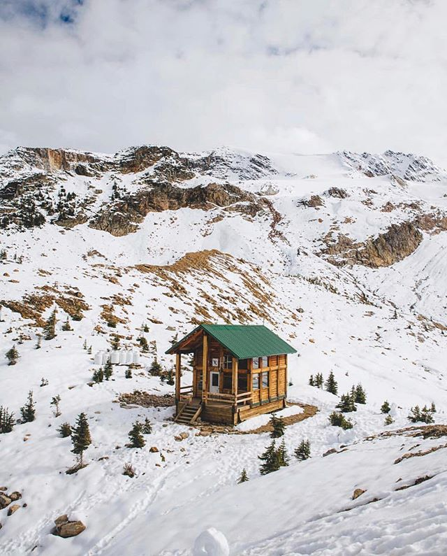Winter days spent in cabins atop mountains. Shot by @meganleevoigt #getoutdoors #upknorth