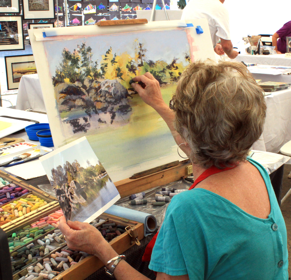 Local artists display their fine art, overlooking the beautiful Feather River and there's a kids art activities too.